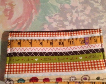Checkbook Cover - small wallet - fabric checkbookcover - Sewing Print