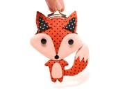Little cunning red fox clutch purse