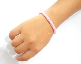Crochet bracelet LIGHT PINK 15cm cotton yarn, white metal lobster lock