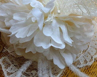 Handmade lace feather wedding headpeice floral comb 1920s veil tiara