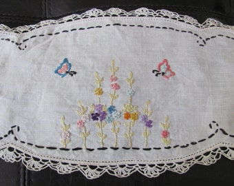"Table Linens Wonderful Handmade Embroidered Crocheted Linen Oval Doily 7"" x 17"" Inch"