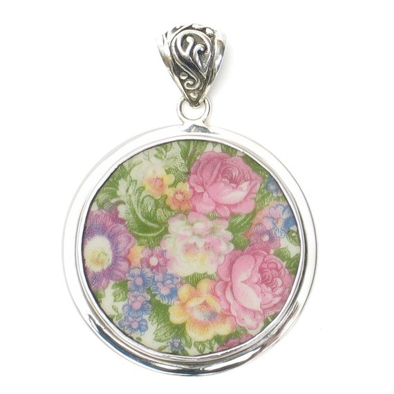 Broken China Jewelry Washington Colonial Pink Rose Garden Flower Sterling Circle Pendant