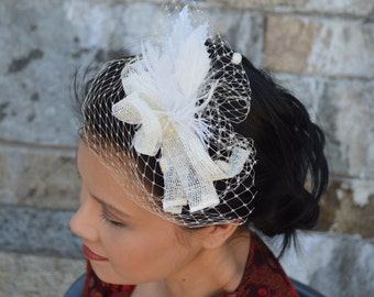 Small Fascinator in White, Folded, Sinamy Straw, with Coque feathers and Dotted Veil