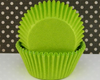 Lime Green Baking Cups / Muffin / Standard Size / Liners