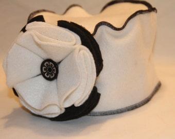 Off White Fleece Pillbox Hat - Adult