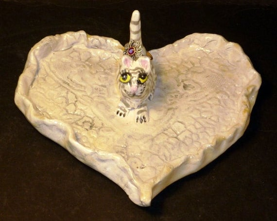 Cat ring holder lace jewelry dish handmade in US from a lump