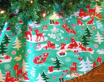 """Christmas Tree Skirt, Aqua Red Tree Skirt, Reindeer Tree Skirt, Retro Christmas, Christmas Decoration 42"""" Diameter Xmas Tree Skirt"""