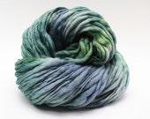 Thick and Thin Handspun Yarn Wool Slub  tts(tm) Merino Hand dyed SR Fintragh 01