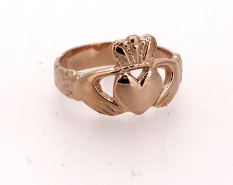 Claddagh Ring in Rose Gold
