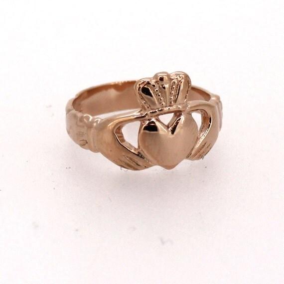 claddagh ring in rose gold. Black Bedroom Furniture Sets. Home Design Ideas