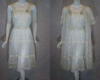 1950s Vanity Fair Peignoir Set, Nightgown Robe, Ivory, 32   Small