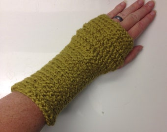 Writer's gloves in Olive Green Organic Cotton -- for writing, yoga, iPhone, typing, carpal tunnel, arthritis