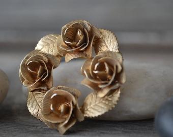 1960's Gold Circular Rose Brooch