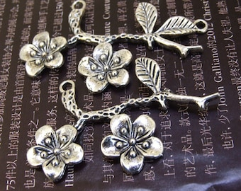 1pcs Big Plum Branch Flower Link  Pendant Base Beads Antique Silver Plated Filigree Findings Metal Connector Link Beads 53mmx 32mm N