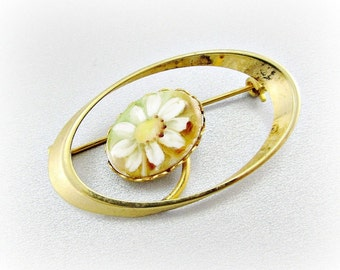 Vintage Hand Painted Porcelain Cameo Brooch Pin, White Daisy Flower Cameo Brooch, Gold Oval Portrait Brooch, 1970s Victorian Revival Jewelry