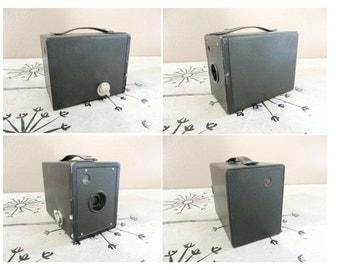 Hawkeye Junior Box Camera No 2 Hawk Eye Junior Black Box Camera Kodak Camera Vintage Camera Brownie Junior  Industrial Camera