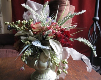 Floral Set Vintage ~ Roses and Ribbons ~ Dinner Table ~ Wedding Table ~ Shabby Chic ~ Country Western Rose