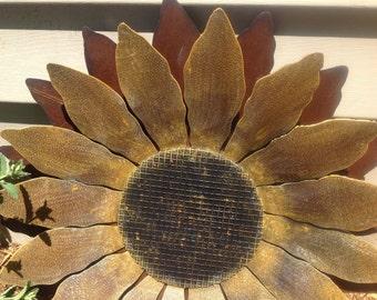 """Rusty Metal Sunflower, painted Flower, sunflower Wall Hanging or Garden Stake, 16"""" Sunflower, Metal Garden Art"""