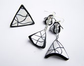 Black and white geometric earrings + free gift ring- striped earrings- polymer clay- minimalist- polymer clay earrings- long dangle earrings