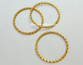 50 Antiqued Gold 30mm INFINITY Circle Disc Link Connector - Tibetan Style Hammered Textured Boho Infinity Hoop Connector Ring - USA - 5512