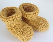 Booties Hand Knit Yellow Mustard Unisex Baby, Size 6 months, Wool Blend Vintage Inspired