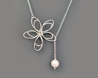 SALE, Flower and Pearl lariat necklace, Wedding necklace, Mother's Day Gift, Bridesmaid gift, Anniversary gift,Christmas gift,Pearl necklace