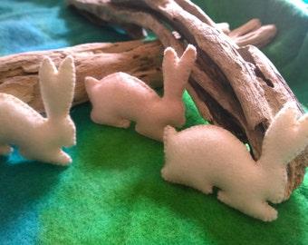 Felt Silhouette Rabbit in Cream