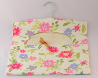 Cotton Peg Bag - Pretty Floral Print, Clothespin Bag, Laundry Day, Hanging Pegbag