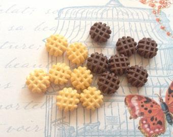 12 pcs clay mix waffle vanilla and chocolate miniature