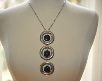 Handmade Vintage Silver and Black Circle Mod Necklace