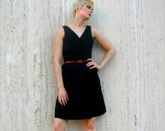 Vintage black dress. little black dress.  Evening wear women.