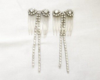 Rhinestone Hair Combs Pair - Bows with Tails - Vintage