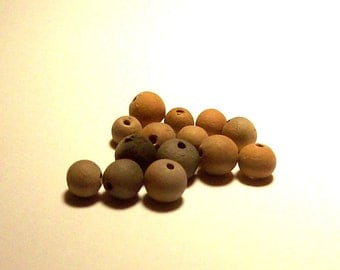 Vintage Argentina Pottery Round Beads - 6 to 8mm - (14)