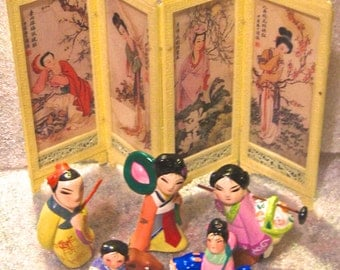 Take 30% off Vintage Classic Miniature Asian Ceramic Dolls & Collapsible Screen