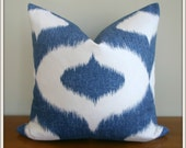 Duralee Dalesford Pillow Cover / Denim Blue / 20x20 inches