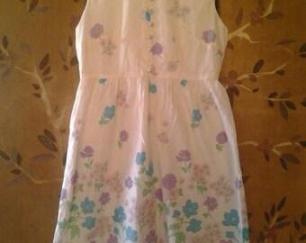 White flowered handmade 60s dress