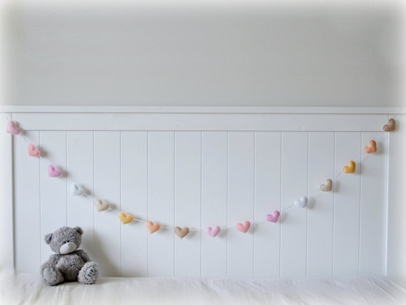 Pastel felt hearts banner/ garland/ bunting in pinks, white, creams and beige - Nursery decor - MADE TO ORDER
