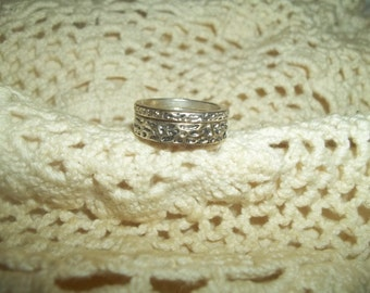 Set Of Two Retro Etched Silver Stacking Rings Size 7.5