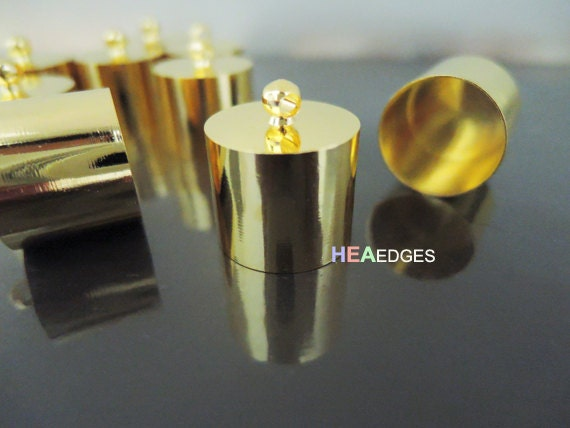 Finding - 10 pcs Gold Round Very Large Tone Cord End Buckle Cap with Loop for Leathers & Making Tassel 20mm x 18mm ( inside 17mm Diameter )