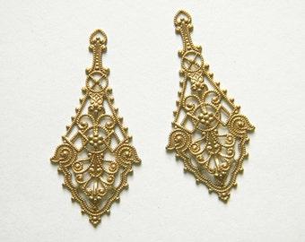 Raw Brass Filigree, Earring Dangle, Brass Pendant, Brass Stamping 26mm x 55mm - 4 pcs. (r128)