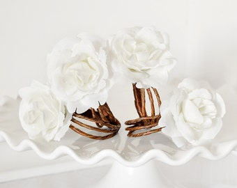 Rustic Rose Napkin Rings Fall, Spring, Summer Woodland Wedding Table Settings with Handmade White Flowers, Natural Vine Rings. Set of 4.