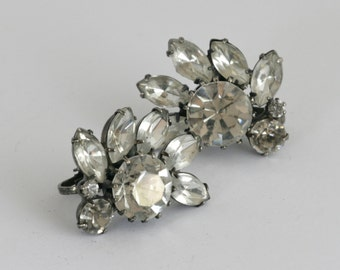 AMAZING White Rhinestone Clip on Earrings// Vintage MidCentury Jewelry