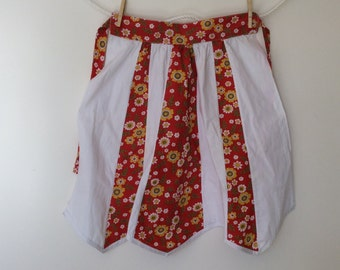 Red and white apron, vintage apron, handmade half apron, Christmas apron, womens kitchen ware, bridal shower gift, retro homewares