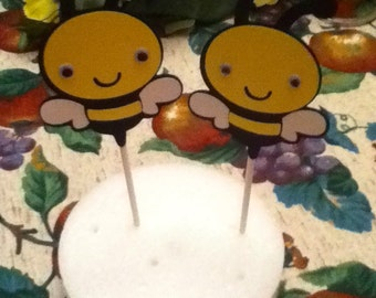 Cute Bee Cupcake Party Toppers
