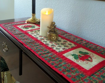 Beautiful Quilted Christmas Table Runner, with Appliqued Christmas Bulbs