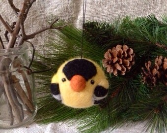 Goldfinch Christmas Ornament - needle felted wool