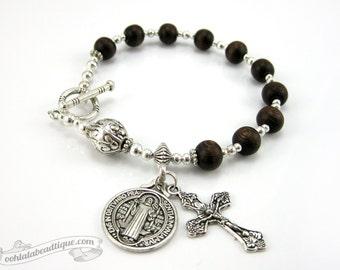St Benedict bracelet rosary, wood rosary, confirmation gift, mens rosary, unisex rosary, catholic jewelry, rosary for man, catholic bracelet