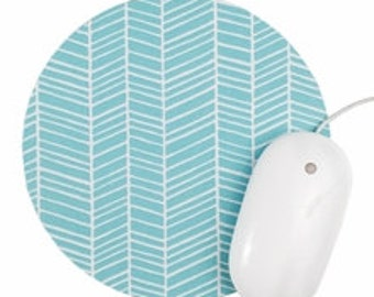Herringbone Mouse Pad / Chevron Aqua and White / Round Mousepad / Office Home Decor
