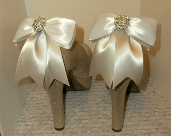 SHOE CLIPS Pink Ivory or White, Platinum Satin Bow Shoe Clips sparkling rhinestones, Bridal Shoe Clips, Wedding Shoe Clips