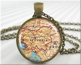 Slovenia Map Pendant, Resin Charm, Slovenia Old Map Necklace, Picture Pendant, Round Bronze, Gift Under 20 (631RB)